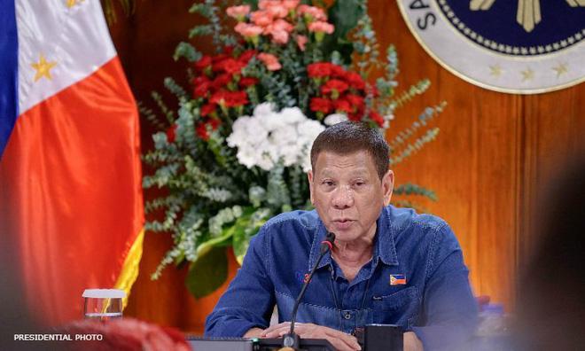 """Tổng thống Philippines thừa nhận """"cạn"""" tiền hỗ trợ người dân chống Covid-19 - ảnh 1"""