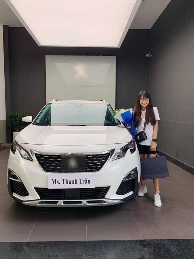 Thanh Trần mua ô tô tiền tỷ thứ 2 vì chồng thích - Ảnh 4.