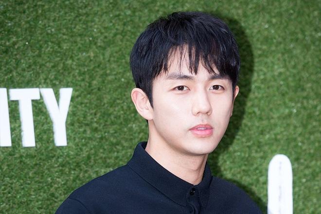 NÓNG: Công bố đoạn CCTV vụ nam idol Kpop Seulong (2AM) lái xe gây tai nạn gây chết người - ảnh 5