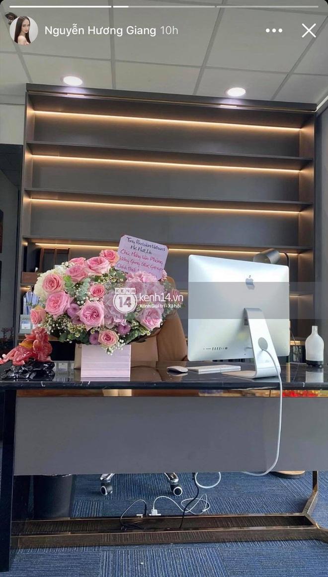 Ảnh độc quyền Hương Giang - Matt Liu: Đi đánh golf chung, chàng gửi hoa tặng nàng! - ảnh 5