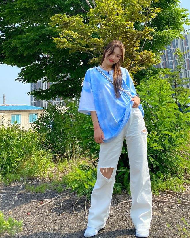 Ngắm outfit của sao Hàn, bạn học được khối tuyệt kỹ mix&match cực hay để có set đồ xinh bất bại - ảnh 3