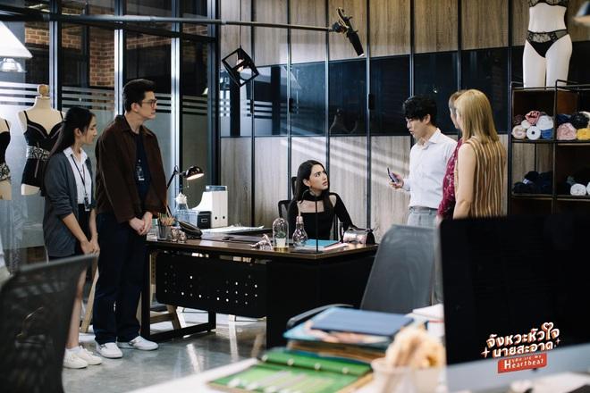 Mùa Hè Của Hồ Ly bản Thái tung thính siêu xịn: Mai Davika sang chảnh quá chừng nhưng lại cặp kè tận hai anh? - ảnh 2