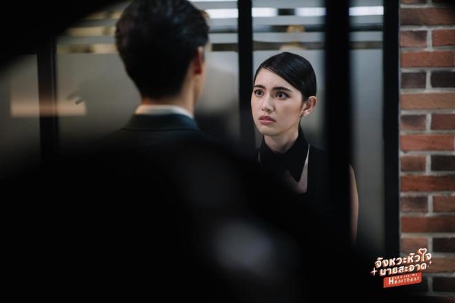 Mùa Hè Của Hồ Ly bản Thái tung thính siêu xịn: Mai Davika sang chảnh quá chừng nhưng lại cặp kè tận hai anh? - ảnh 4