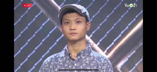 Thí sinh mang heo đất lên sân khấu Rap Việt khiến Trấn Thành tưởng là Trường Giang, gây ra mâu thuẫn giữa Wowy và Binz - ảnh 2