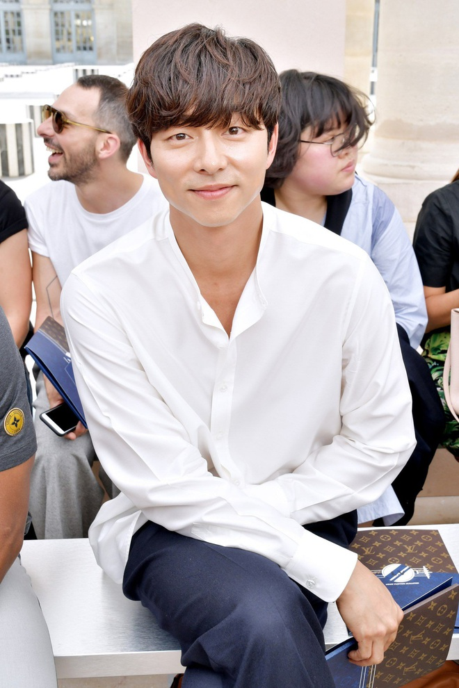 Hot lại ảnh tài tử Train to Busan Gong Yoo tại trời Tây: Hiếm sao Hàn đô đến mức dìm cầu thủ Mỹ, khách mời người Pháp phải lén nhìn - ảnh 4