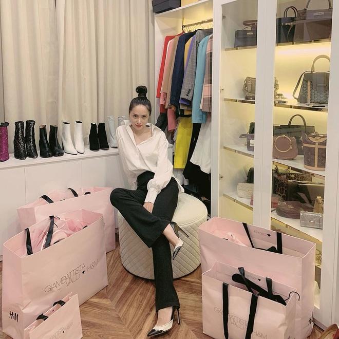 Mẹ của Matt Liu có bộ sưu tập túi hiệu chuẩn đại gia, xem chừng hợp cạ với con dâu tương lai Hương Giang quá đi thôi - ảnh 11