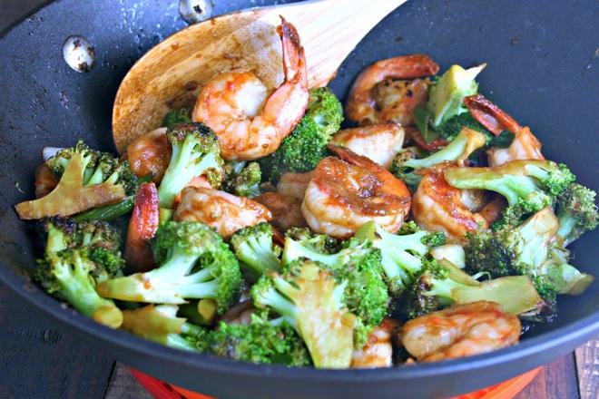 """6 loại rau củ được coi là """"tổ"""" của ký sinh trùng, không được chế biến sạch sẽ trước khi ăn có thể rước bệnh vào người - ảnh 2"""