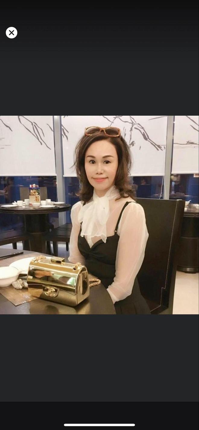 Mẹ của Matt Liu có bộ sưu tập túi hiệu chuẩn đại gia, xem chừng hợp cạ với con dâu tương lai Hương Giang quá đi thôi - ảnh 2