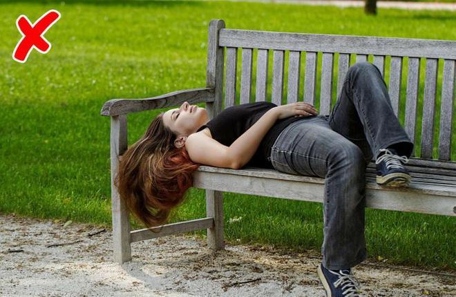 9 sai lầm có thể khiến chuyến đi chơi của bạn trở thành thảm họa với những trải nghiệm đầy tiếc nuối - ảnh 3