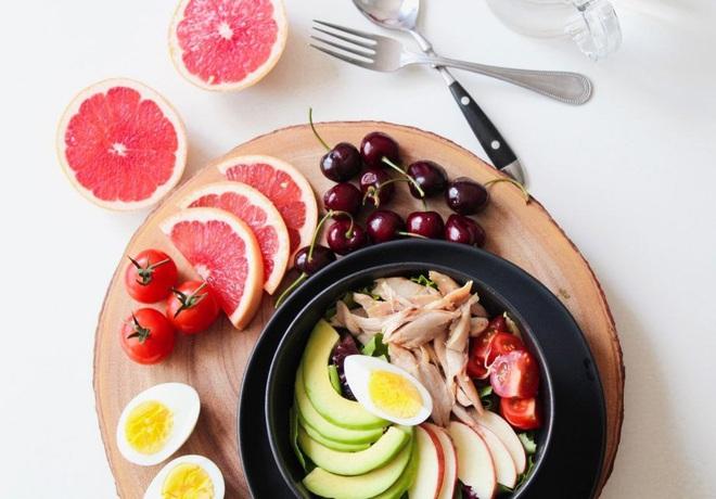 Thực đơn ăn kiêng 7 ngày với ức gà vừa ngon mắt, ngon miệng vừa giúp bạn dễ dàng đánh bay 3kg mỡ thừa - ảnh 5