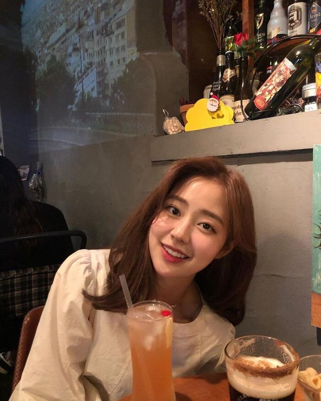 """Lâu lắm rồi Hàn Quốc mới có Hoa hậu đẹp đến mức Knet khó tính phải tấm tắc khen, ảnh đời """"show"""" nhan sắc như diễn viên - Ảnh 6."""