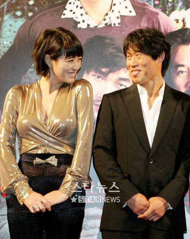 Huyền thoại King and the Clown sau 15 năm: Lee Jun Ki vẫn ở đỉnh cao nhan sắc, nam phụ thăng hạng ông hoàng phòng vé - ảnh 24
