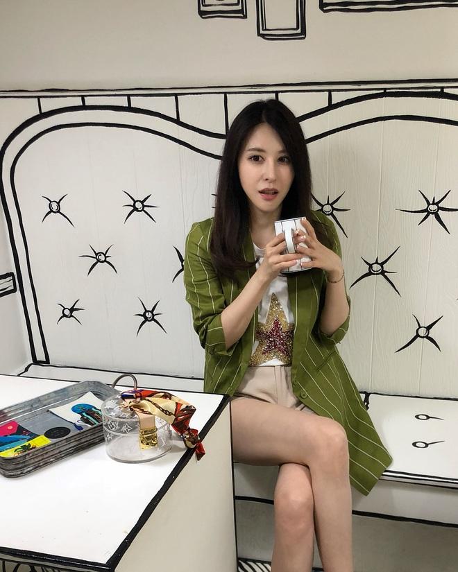 Chạm ngưỡng tuổi 41, nữ MC người Đài Loan hé lộ 4 nguyên tắc giúp cô duy trì vóc dáng thon thả như gái đôi mươi - ảnh 12
