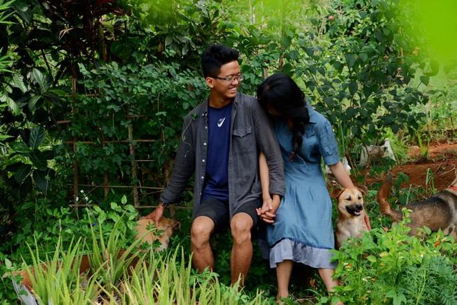 Những mẩu chuyện chưa kể của đôi vợ chồng trẻ bỏ phố về rừng: Không phải ai sinh ra cũng để trồng rau, nuôi cá - ảnh 9