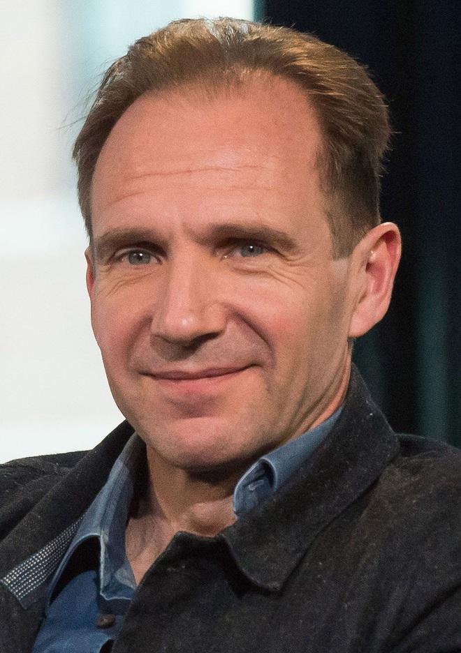 ralph-fiennes-english-actor-2016-1600170822328454862609.jpg