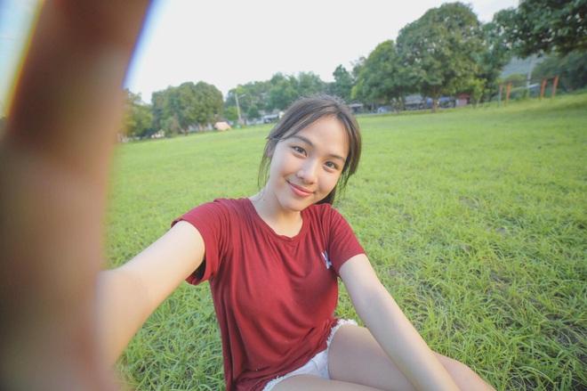 Dân mạng Trung Quốc phát sốt vì hot girl trà sữa Thái Lan, không giấu giếm mình là người chuyển giới - ảnh 18