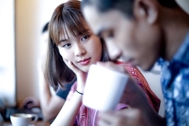 Dân mạng Trung Quốc phát sốt vì hot girl trà sữa Thái Lan, không giấu giếm mình là người chuyển giới - ảnh 12