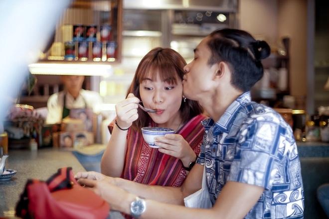 Dân mạng Trung Quốc phát sốt vì hot girl trà sữa Thái Lan, không giấu giếm mình là người chuyển giới - ảnh 11