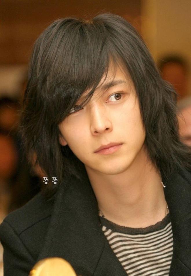 Giật mình khi Song Ji Hyo đổi giới tính lại giống hệt Kang Dong Won, Sehun (EXO) - ảnh 2