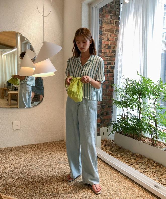 4 món đồ jeans bạn nên tậu gấp để bước vào mùa Thu với style trẻ xinh hết nấc - ảnh 8