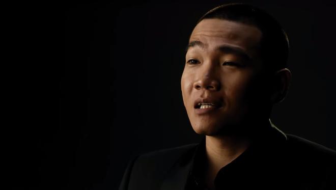 HLV Rap Việt Wowy kể chuyện hóa siêu phản diện ở Ròm: Bị chê hiền quá nhưng cạo tóc là lên đời liền nha! - Ảnh 2.