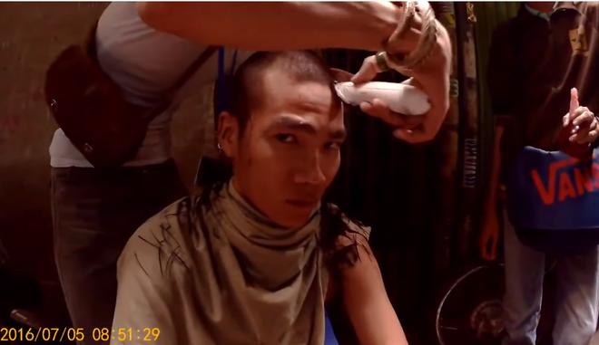 HLV Rap Việt Wowy kể chuyện hóa siêu phản diện ở Ròm: Bị chê hiền quá nhưng cạo tóc là lên đời liền nha! - Ảnh 3.