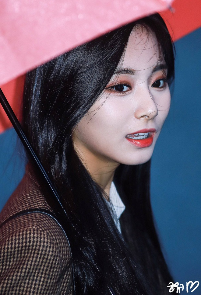 Dân tình phát cuồng vì bộ ảnh team qua đường bóc nhan sắc thật của nữ thần Kpop được tôn lên hàng đẹp nhất thế giới - ảnh 14