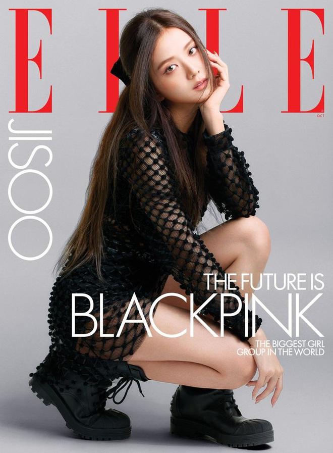 BLACKPINK lên hẳn bìa Elle Mỹ: Ngất lịm với kiểu tóc già đanhcủa Jennie, Rosé xuất thần, Jisoo - Lisa vẫn một màu - ảnh 4