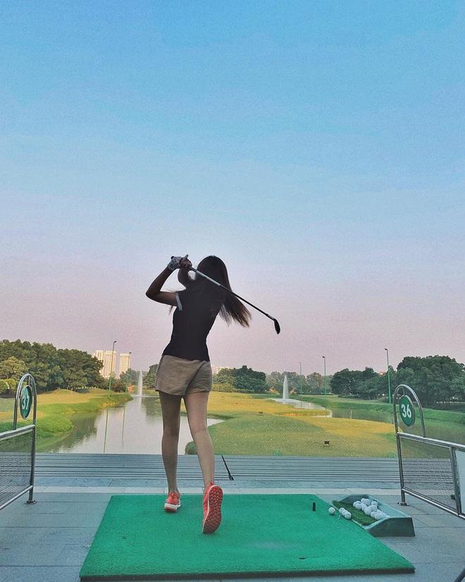 So ảnh gái xinh mặc bikini với khi lên đồ chơi golf: Dáng chuẩn, eo thon thì mặc hở kín gì cũng đẹp mê - ảnh 19