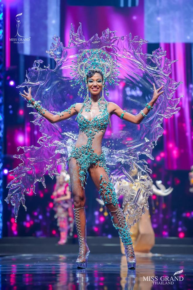 MXH náo loạn vì quốc phục có 1-0-2 tại Miss Grand ThaiLand 2020: Hết chợ nổi, bưởi da xanh đến... xương khủng long đem hết lên sân khấu - ảnh 8
