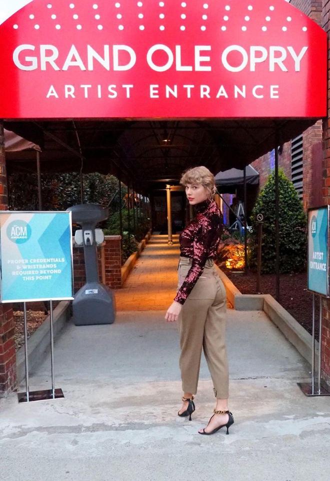 Taylor Swift trở lại làm công chúa nhạc đồng quê tại ACM Awards: The Old Taylor đây rồi! - ảnh 4