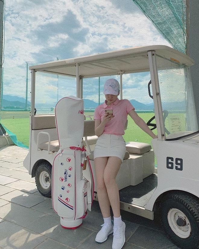 So ảnh gái xinh mặc bikini với khi lên đồ chơi golf: Dáng chuẩn, eo thon thì mặc hở kín gì cũng đẹp mê - ảnh 4