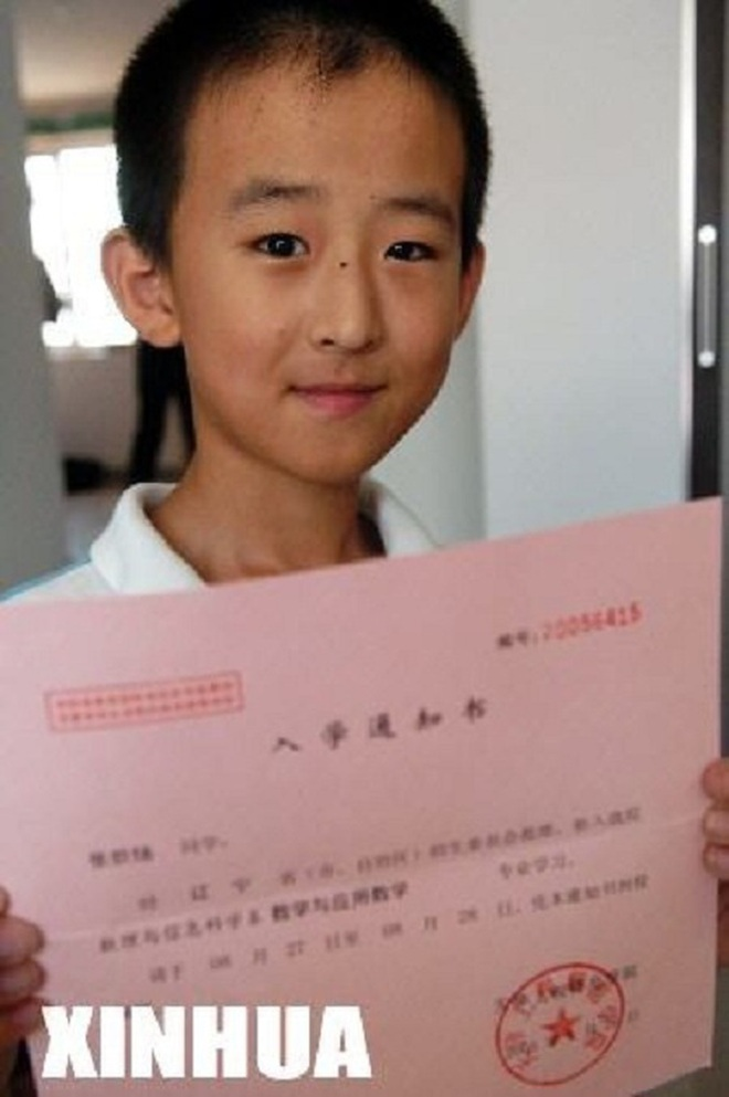 Cậu bé 16 tuổi trở thành Tiến sĩ trẻ nhất nước nhưng bị tất cả chỉ trích, 8 năm sau ai cũng giật mình quay ngoắt thái độ - ảnh 2