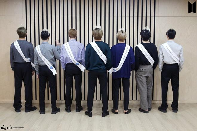 Bị hỏi khó nhằn và kém duyên chê bôi Cardi B, RM và Suga (BTS) đưa ra câu trả lời khiến ai nấy đều thán phục - ảnh 5