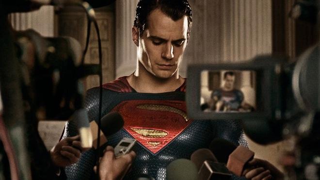 Trai đẹp Henry Cavill sẽ làm Superman tận 6 phim nữa, nghe mà ấm lòng ghê! - ảnh 2