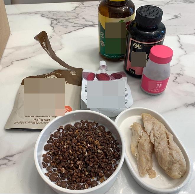 Soi kỹ từ những chia sẻ hàng ngày, phát hiện ra thánh ăn Yang Soo Bin đã ngầm hé lộ 4 tips giúp cô giảm tới 45kg sau hơn 1 năm - ảnh 11