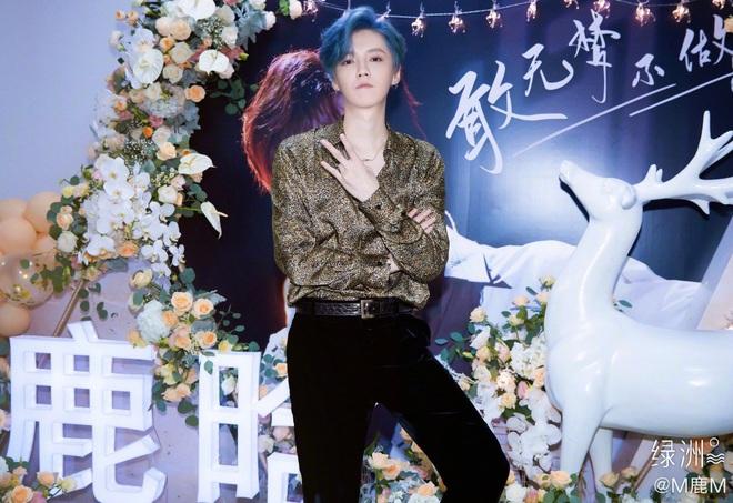 Luhan gây choáng với nhan sắc tuổi 30: Ma cà rồng hack tuổi đỉnh cao, chấp cả camera truyền hình quốc gia - ảnh 9