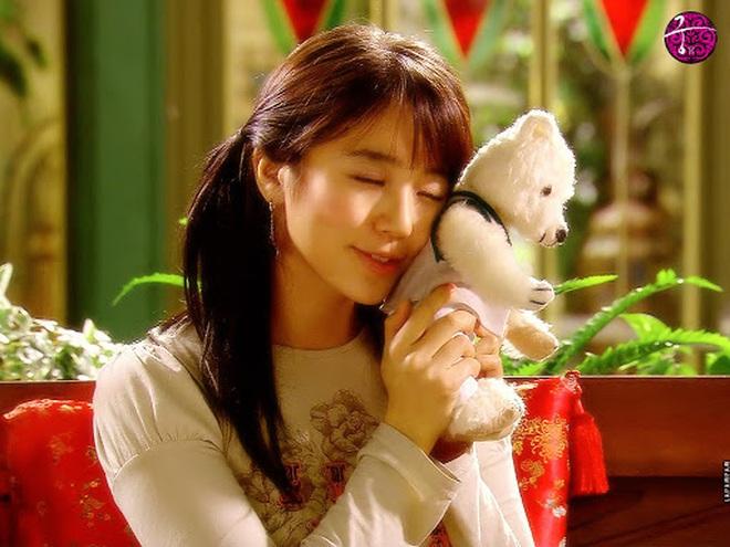 """Nhìn lại kiểu tóc của """"thái tử phi"""" Yoon Eun Hye 14 năm trước vẫn thấy xinh, có kiểu còn là hot trend bây giờ - Ảnh 3."""