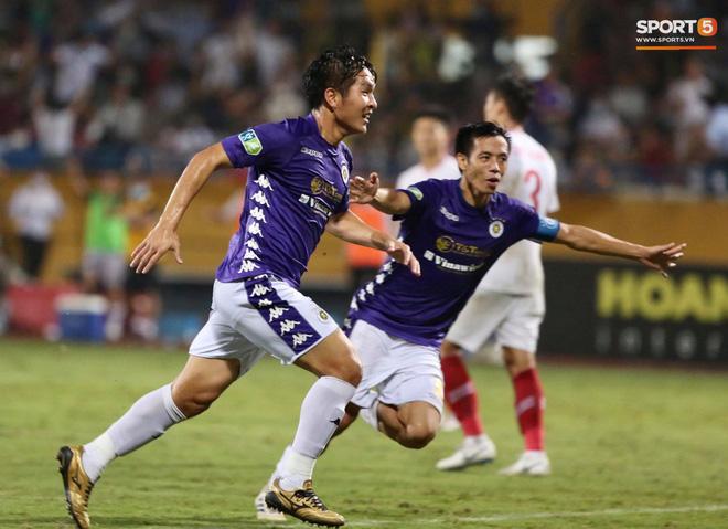 Quang Hải ăn mừng đầy cảm xúc khi ghi bàn giúp Hà Nội FC vô địch Cúp Quốc gia 2020 - ảnh 7