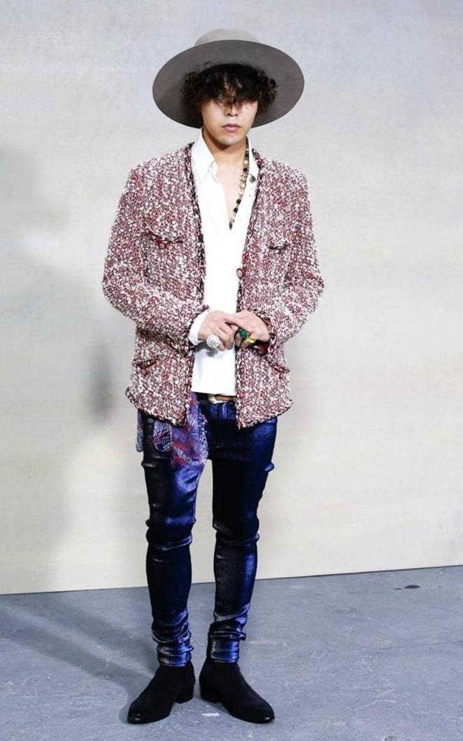Karik lên đồ bảnh tỏn, sơn móng này nọ nhưng cư dân mạng lại đồng loạt gọi tên G-Dragon - ảnh 8
