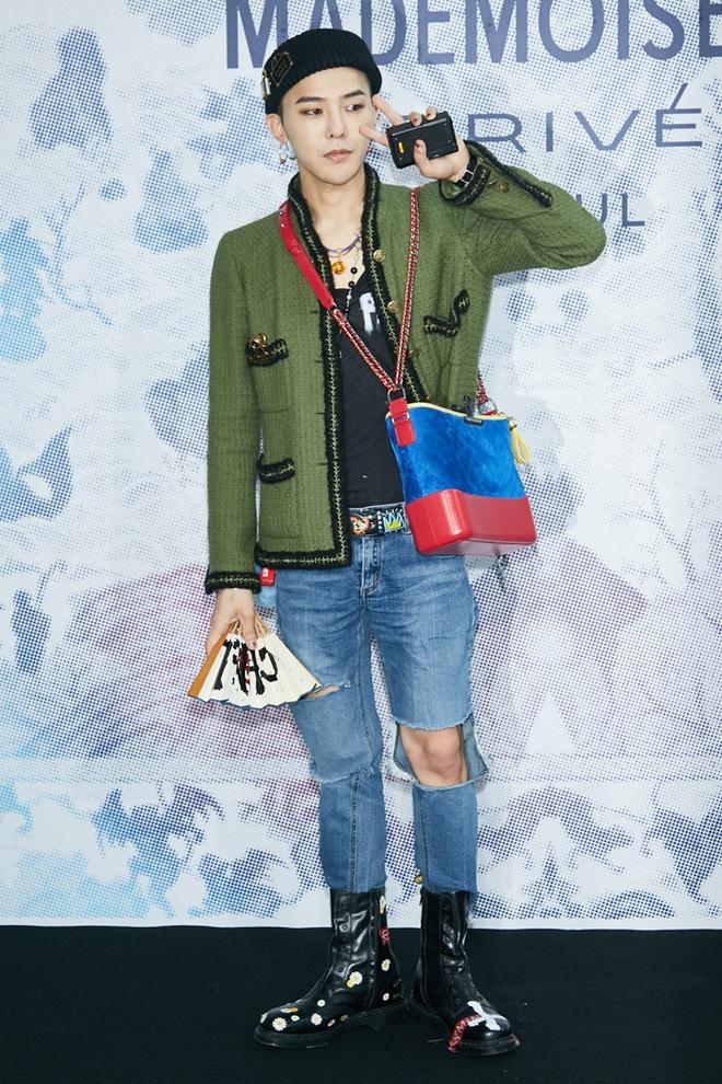 Karik lên đồ bảnh tỏn, sơn móng này nọ nhưng cư dân mạng lại đồng loạt gọi tên G-Dragon - ảnh 6
