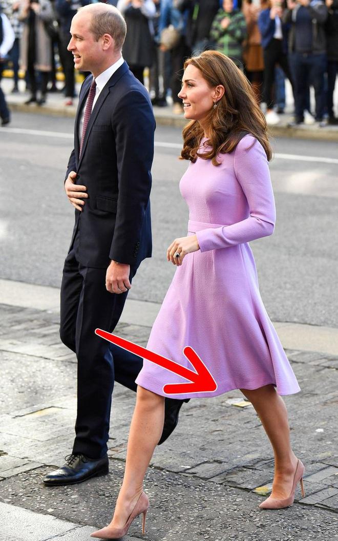 Đằng sau vẻ thanh lịch 100 điểm của Công nương Kate, Meghan là 7 bí mật thời trang khắt khe - ảnh 6