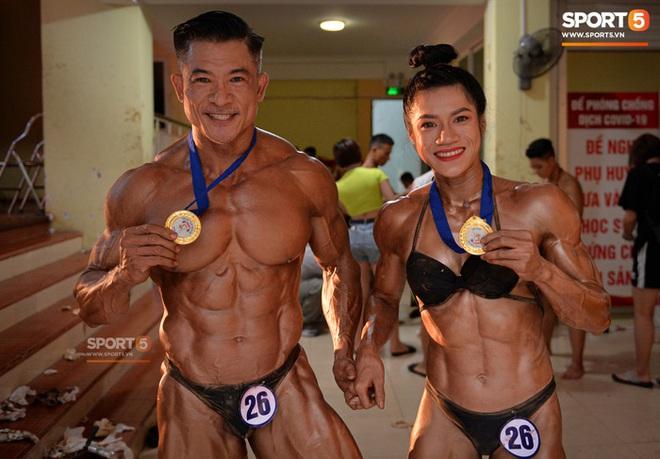Búp bê cơ bắp Trần Ny Ny thắng tuyệt đối ở hạng 55 cân nữ giải thể hình các CLB toàn quốc - ảnh 9