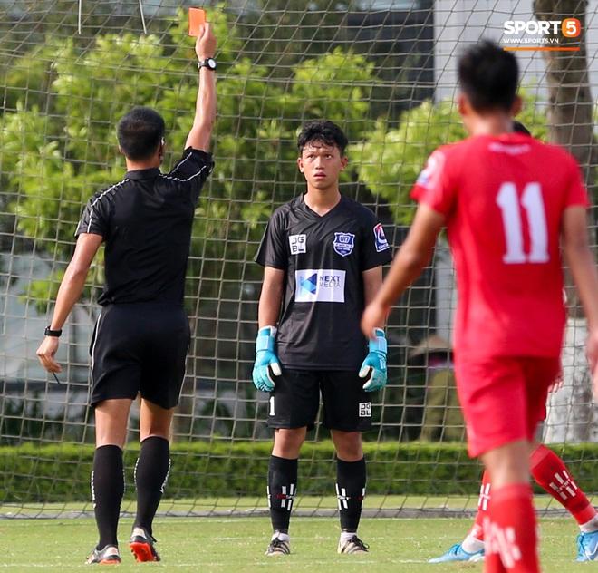 Dương Quang Trung Hiếu: Sát thủ triển vọng của bóng đá Việt với số áo kỳ lạ và ước mơ cao lớn như Ronaldo - ảnh 6