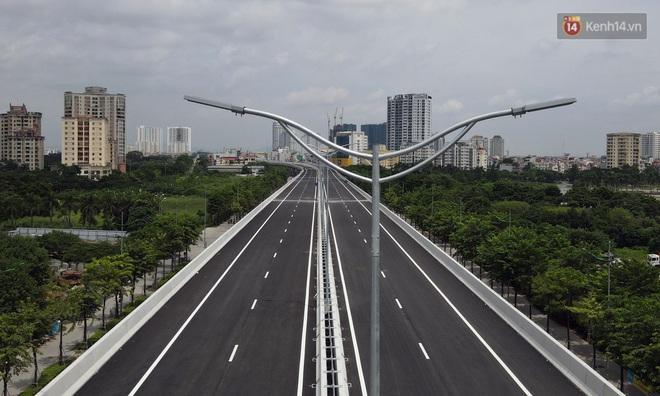 Cận cảnh cầu cạn Mai Dịch - Nam Thăng Long đã rải nhựa xong chờ ngày thông xe - ảnh 12