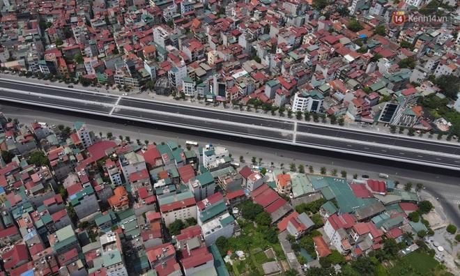 Cận cảnh cầu cạn Mai Dịch - Nam Thăng Long đã rải nhựa xong chờ ngày thông xe - ảnh 17