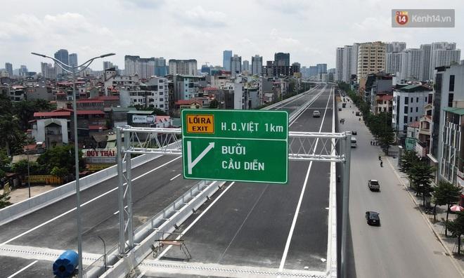 Cận cảnh cầu cạn Mai Dịch - Nam Thăng Long đã rải nhựa xong chờ ngày thông xe - ảnh 19