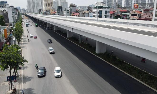 Cận cảnh cầu cạn Mai Dịch - Nam Thăng Long đã rải nhựa xong chờ ngày thông xe - ảnh 5