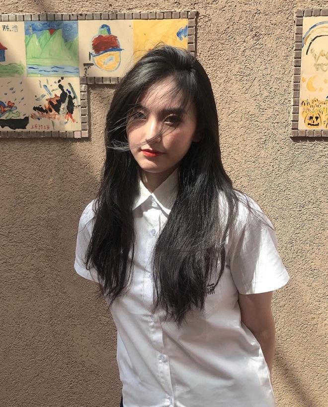 Khi loạt nữ thần trung học đọ sắc: Bình thường đã xinh, diện đồng phục còn nổi bật gấp mười - ảnh 21