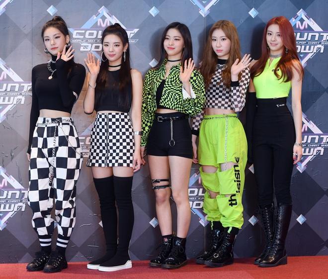 Thắng cúp show âm nhạc: cú chuyển mình của nhiều nhóm nhạc Kpop - ảnh 9